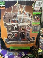Lemax Spooky Town Castle On Spooky Hill Porcelain Lighted House RETIRED 2002