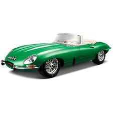 Bburago 1:18 Diecast Jaguar E Type Cabriolet (Colours May vary)