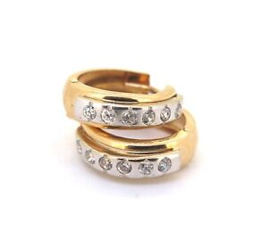 .Stunning 14ct Two Tone Gold & Sparkling Cubic Zirconia CZ Huggie Earrings 2,6g