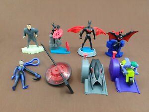 BATMAN BEYOND BURGER KING MEAL TOY SET 8 FIGURE AND VEHICLE TOYS