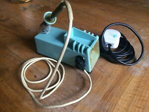 Weller W-TCP Soldering Station in Working Order - with Desoldering Bit
