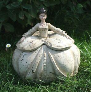 Clayre & Eef Girls Baroque Vintage Shabby Tin Box Rococo Dress 21cm New