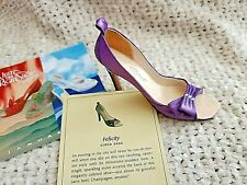 Just the Right Shoe - Felicity
