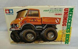 LOOK! 1985 TAMIYA MERCEDES BENZ UNIMOG 4X4 MOTORIZED MINI 1/32 MODEL KIT IN BOX!