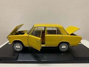 IST Models! Rare Lada Fiat 1971 Murat 124 Yellow 1/18 Scale DieCast Model Car