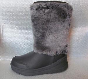 NWB UGG Australia Marien Leather Sheepskin Winter Boots Black Size 6.5/ 7 $300