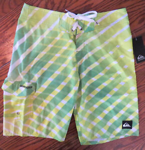 QUICKSILVER BOYS/YOUNG MENS BOARD SHORTS~NWT~GREEN GECKO~ SIZES10-20~SHIPS FREE