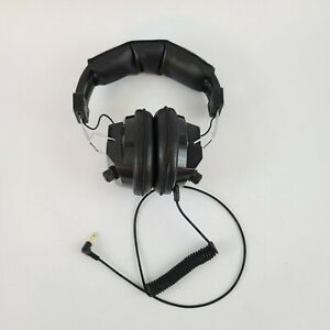 Radio Shack Black Racing Scanner Headphones Noise Blocking 3.5mm Male NASCAR