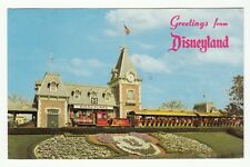 [61715] 1977 POSTCARD SANTA FE & DISNEYLAND DEPOT RAILROAD AT PARK ENTRANCE