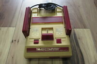 Nintendo Famicom Console NES Junk Untest for Parts Japan m384