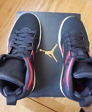 Nike Air Jordan Flight High Tops Baskets Legend UK5.5 Neuf avec boite noir & rouge