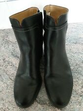 Size 8 Leather Ankle Boots.black leather.