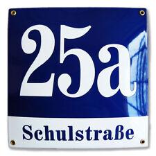 Hausnummer Hausnummernschild Emaille 30x30 cm mit Wunschstraßennamen und Nummer