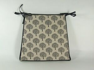 Mulberry Tree Black Tapered Tie-On Seat Pad. Garden/Patio/Kitchen/Dining
