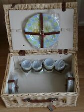Large Deluxe filled Picnic Hamper basket by Robert Dyas English summer