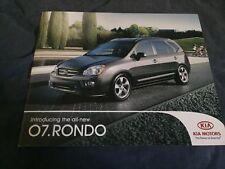 2010 Kia Rondo Large Color Brochure Catalog Prospekt
