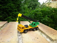 MAJORETTE 228 : Camion grue SAVIEM bon état échelle 1/132 pas de boite