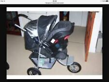 graco 3 wheeler travel system(car seat, isofix base, foot muff and rain cover)