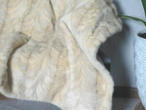 GENUINE REAL MINK FUR THROW BLANKET QUILT COVERLET BLOND IVORY BEIGE CREAM COAT