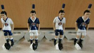 4 Stück 4 Bälle Paulaner Tipp Kick Figuren blau/weiss  weiss/blau  Fussball Bier