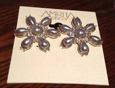 New High Quality Amrita Singh Feminine Gold/silver Pearl Earrings $102