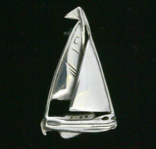 END OF LINE - STERLING SILVER BROOCH - SAILING BOAT - PLAIN SILVER BROOCH