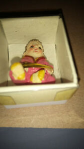 Dolls house figures, poly/resin  Baby Sitting