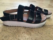 Ugg Braelynn Black Patent Leather Ankle Strap Sandals Womens Size 8