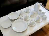 Lot sale 28 piece The Cellar Classic Elegance White with Gold Trim China Set
