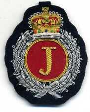persönliches Magnetabzeichen mit IHREN INITIALEN handgestickt magnetic badge