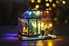Weihnachtsdorf Szene Gewächshaus Dekoration vor beleuchtet Baum LED Winter Xmas Licht