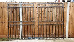 Wrought Iron EstateDriveway Gates 6ft High (from Cannock Gates)