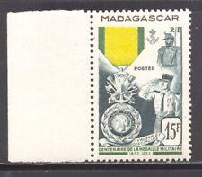 COLONIES FRANCAISES MADAGASCAR N° 321, Médaille militaire,bord de feuille xx