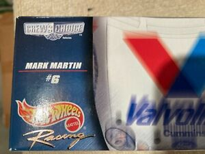 Hot Wheels Crew's Choice NASCAR 2000 Mark Martin #6 Valvoline Cummins 1:64