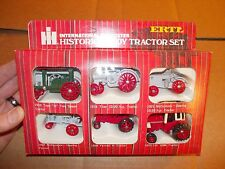 International Harvestor historical tractor set 1/64 scale Vintage NIB NW in Box