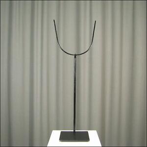 91150) Universeller Gabel-Ständer aus Metall 50 cm hoch / 4mm Draht
