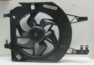 Opel Vivaro Lüftermotor mit Zarge 93859270 8200662039