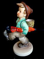 """Vintage Hummel Figurine GLOBE TROTTER 5.25"""" #79 TMK-5 1972-78 Mint!!"""