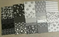 Anna Griffin 48 piece Black And White Cardstock 8 Pieces Flocked