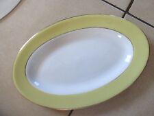 plat ovale blanc et jaune à liseré doré,saint amand,l'amandinoise
