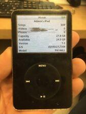 Apple iPod 5th Generation black 30 GB Model A1136 - Working