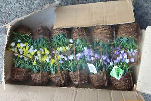 JOBLOT 12 BASKETS ARTIFICAL FLOWERS NEW
