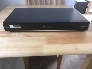 Panasonic Freeview Twin Tuner HDD Recorder DMR-HW220 (1TB)