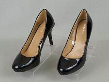 Women's MERONA Black Classics Pumps Size: 5.5 M EUC