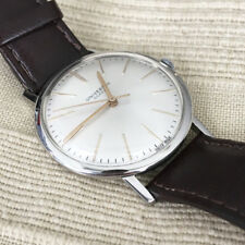 Universal Geneve vintage manual cal. 1106 working nice and clean Swiss made