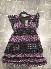 PUSSYCAT LONDON Negro/Rosa/Violeta Floral Floaty Medio Vestido con lazo a la espalda BNWT
