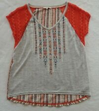 Miss Me Women's Rayon Blend SS V-Neck Gray Tribal Striped Blouse Lace Sleeves XS