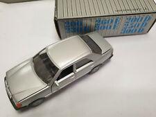 Mercedes Benz Cursor Modell 1084  NZG 200-300E D OVP Silber
