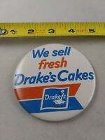 Vintage We Sell Fresh DRAKE'S CAKES Employee pin button pinback *EE74