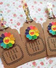 1 x Cute Smiley Rainbow Flower Pin Badge Gift Birthday Friend Mum Teacher Aunty